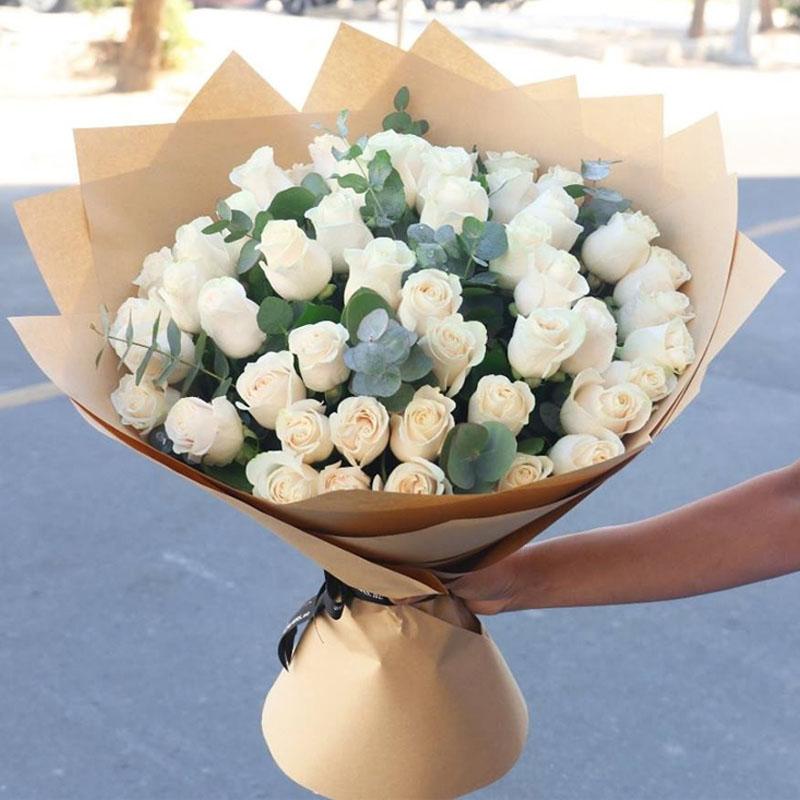 我的心中只有你 51支白玫瑰